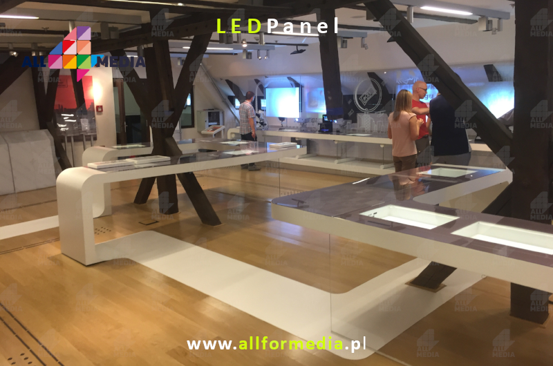 6-45 LED RGB Illuminated Glass Floor MF600 www-allformedia-pl.jpg
