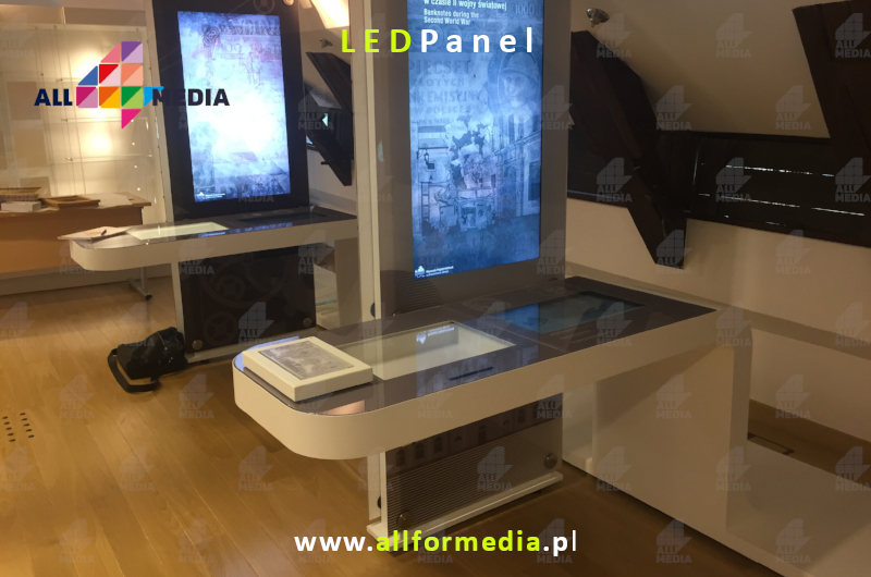 6-91-29 Glass Digital RGB LED Floor MMF64-AC www-allformedia-pl.jpg
